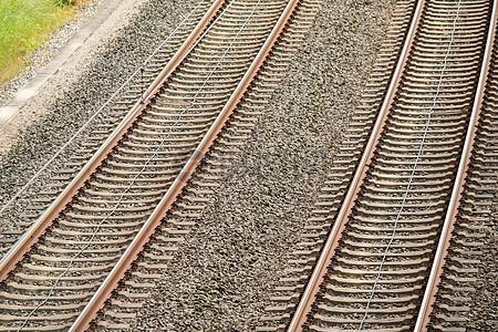 悠长的火车铁轨图片
