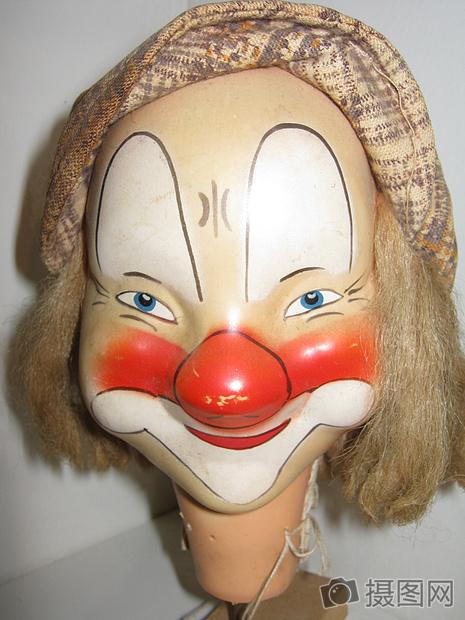 可爱的小丑面具