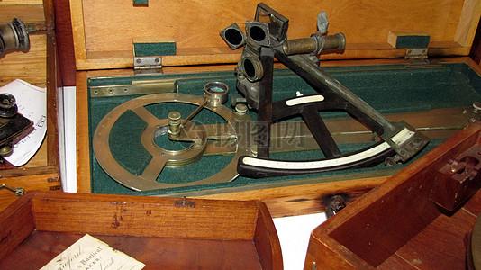 复古怀旧的六分仪图片