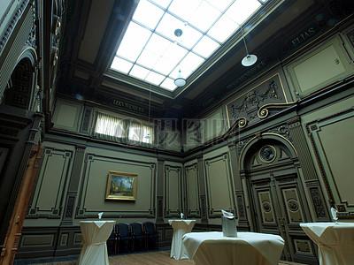 室内的天花板图片