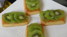 新鲜美味的水果点心图片