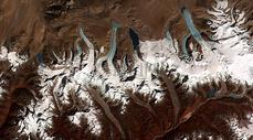 喜马拉雅山脉图片