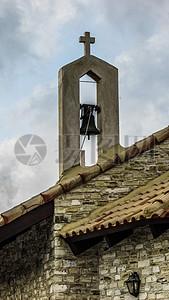 教堂房顶的钟楼图片