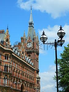 美丽的钟楼图片