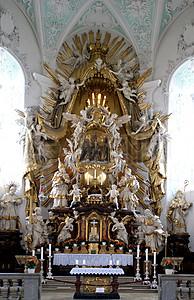 祭祀的教堂图片