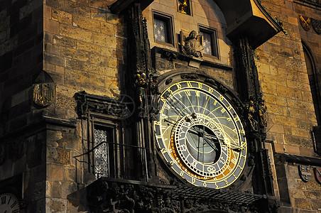 古旧的钟楼图片