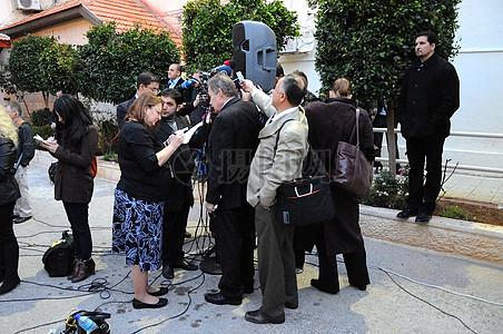 记者集群国务卿克里,巴勒斯坦谈判代表埃雷卡特发言实录图片