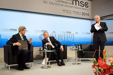 秘书克里,黑格尔联合小组讨论之前在慕尼黑安全政策会议图片