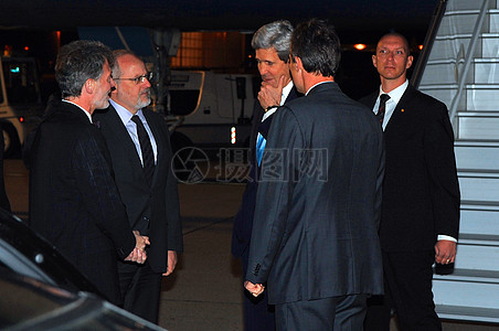 秘书克里抵达日内瓦会议乌克兰图片