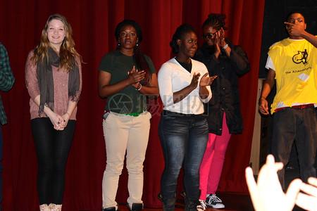 YEP青年赋权项目诗歌大满贯的另类小组召开图片