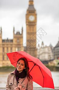 女孩或年轻女子旅游度假与的心伦敦伞与大本背景,伦敦,英国,大列颠图片