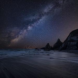 美丽的复合景观形象,米莉路核心海岩悬崖与长暴露潮海滩上图片