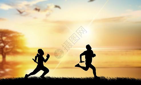 夕阳下跑步的人图片