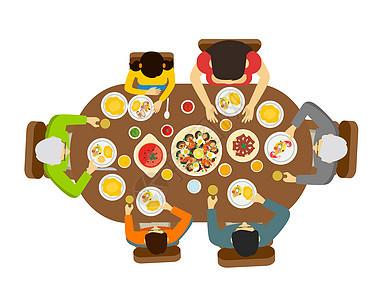 幸福的一家人一起吃饭图片