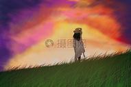 女孩站在草地上看天空的云彩图片