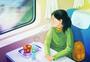 坐火车回家的女孩图片