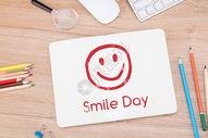 微笑日400152238图片