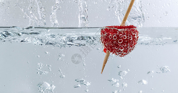 清凉树莓图片