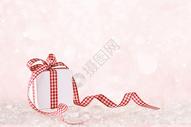 浪漫粉色礼盒图片