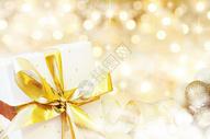 金色礼盒图片