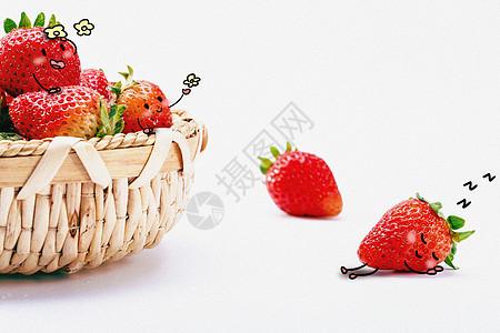 可爱小草莓创意摄影插画图片