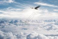 黄昏下的云海图片