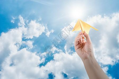 纸飞机概念图片