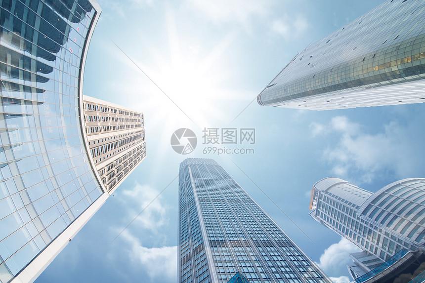 城市仰拍场景图片