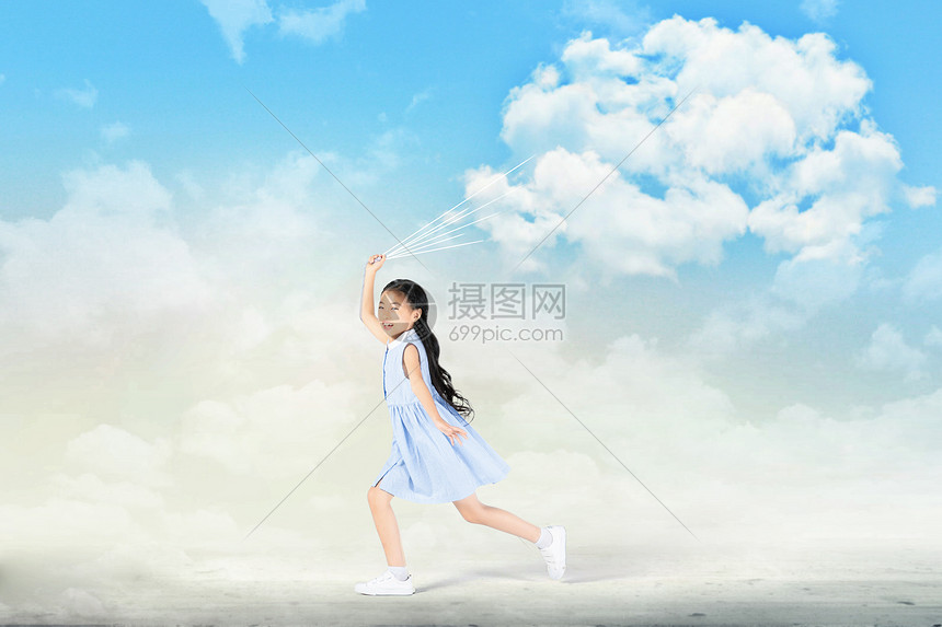手拿白云的女孩图片
