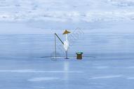 冰上垂钓图片