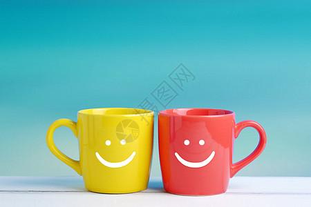 杯子上的笑脸图片