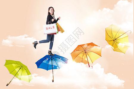 购物的女人图片