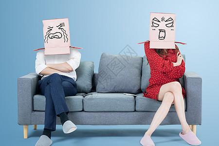 夫妻吵架图片