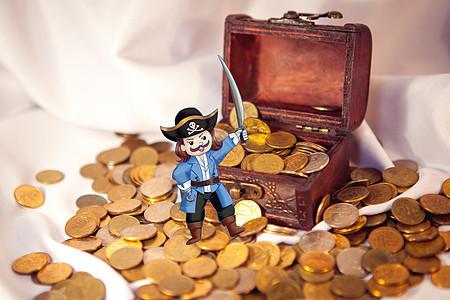 海盗和金币的故事图片