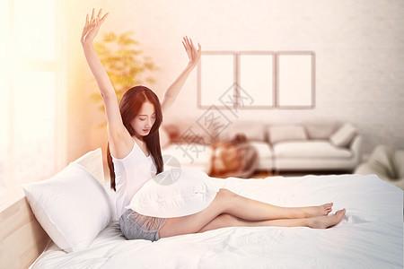 起床的女孩图片