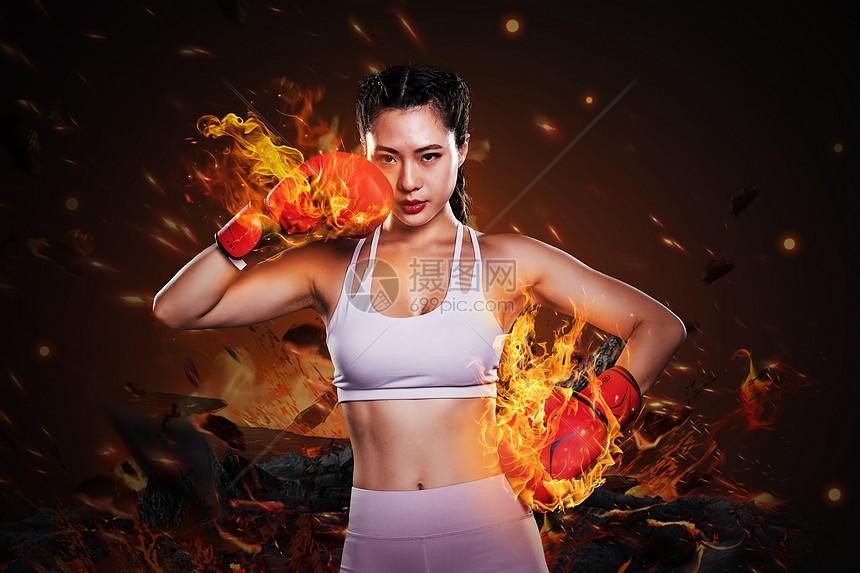 打拳击的女人图片