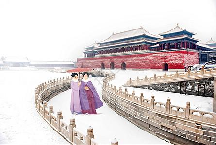 故宫系列之雪地漫步图片
