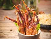 鸭舌卤味休闲食品图片
