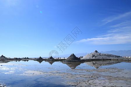 茶卡盐湖的风景图片