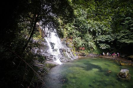 鼎湖山瀑布图片