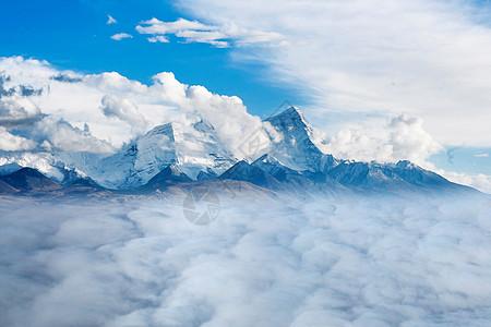雪山云海图片