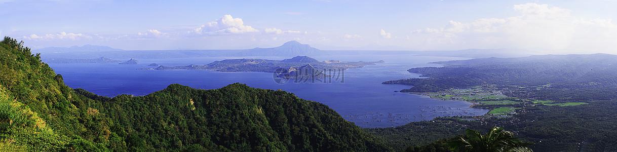 高山和大海的样子图片