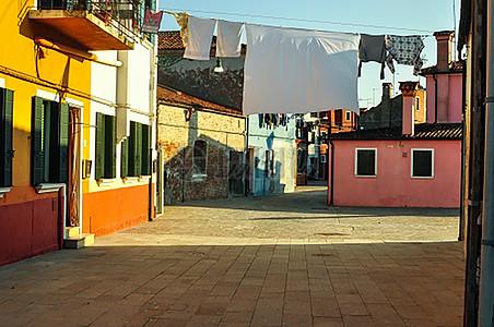 午后的怀旧街道图片