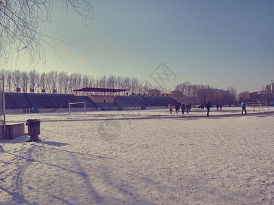 冬季的操场图片