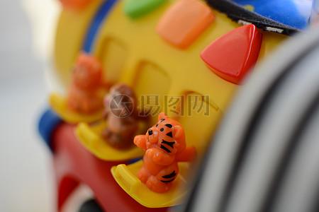 火车玩具图片