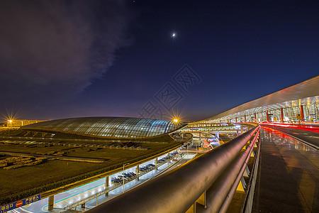 夜景的首都机场图片