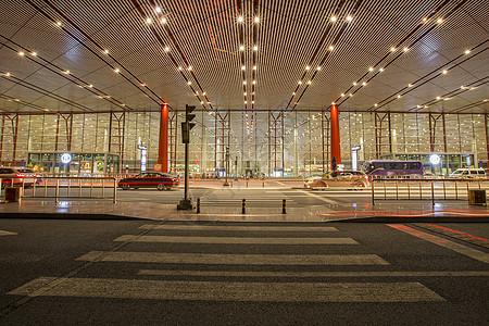 夜色的首都机场图片