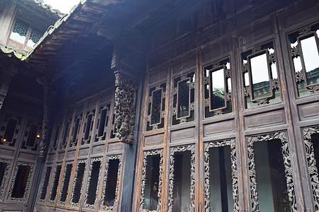 古代房屋的门窗外立面照片图片