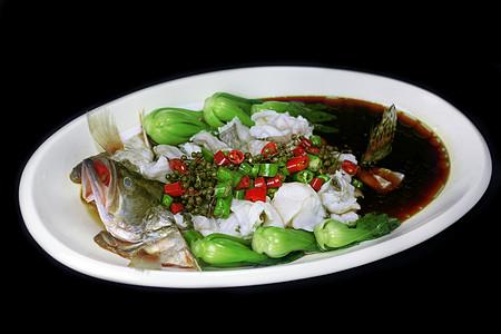 青花椒油淋桂鱼图片