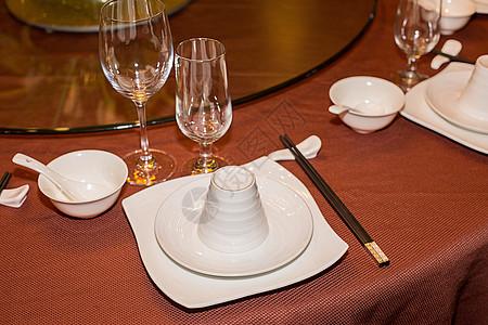 中餐餐具图片